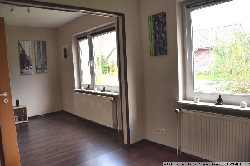 Wohnzimmer mit Essbereich I