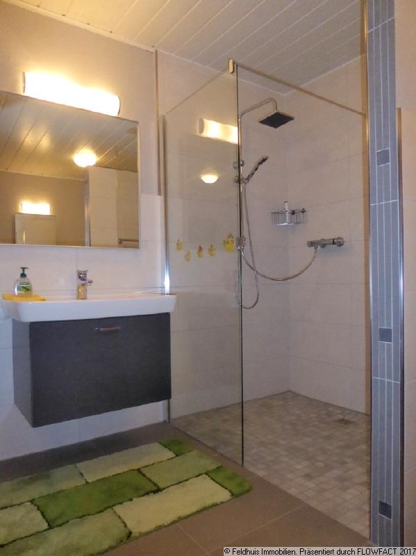 Badezimmer EG rechts I