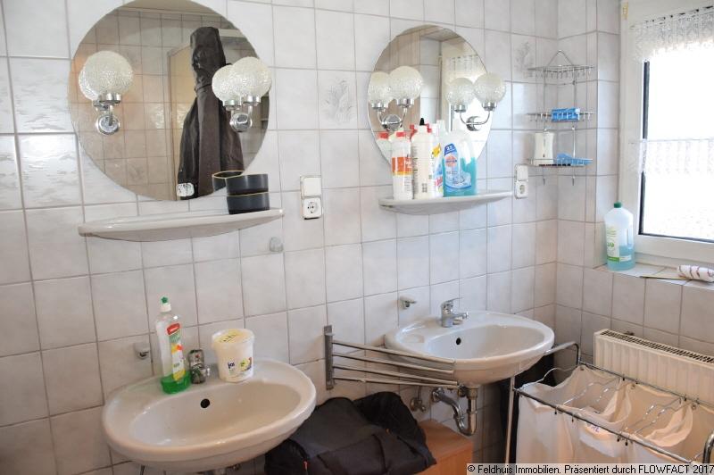 Badezimmer EG I